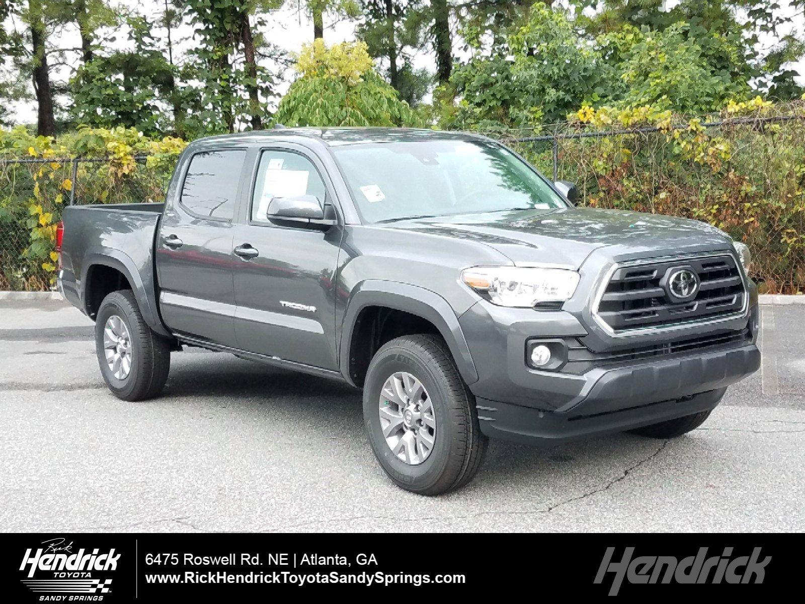 New 2019 Toyota Tacoma SR5