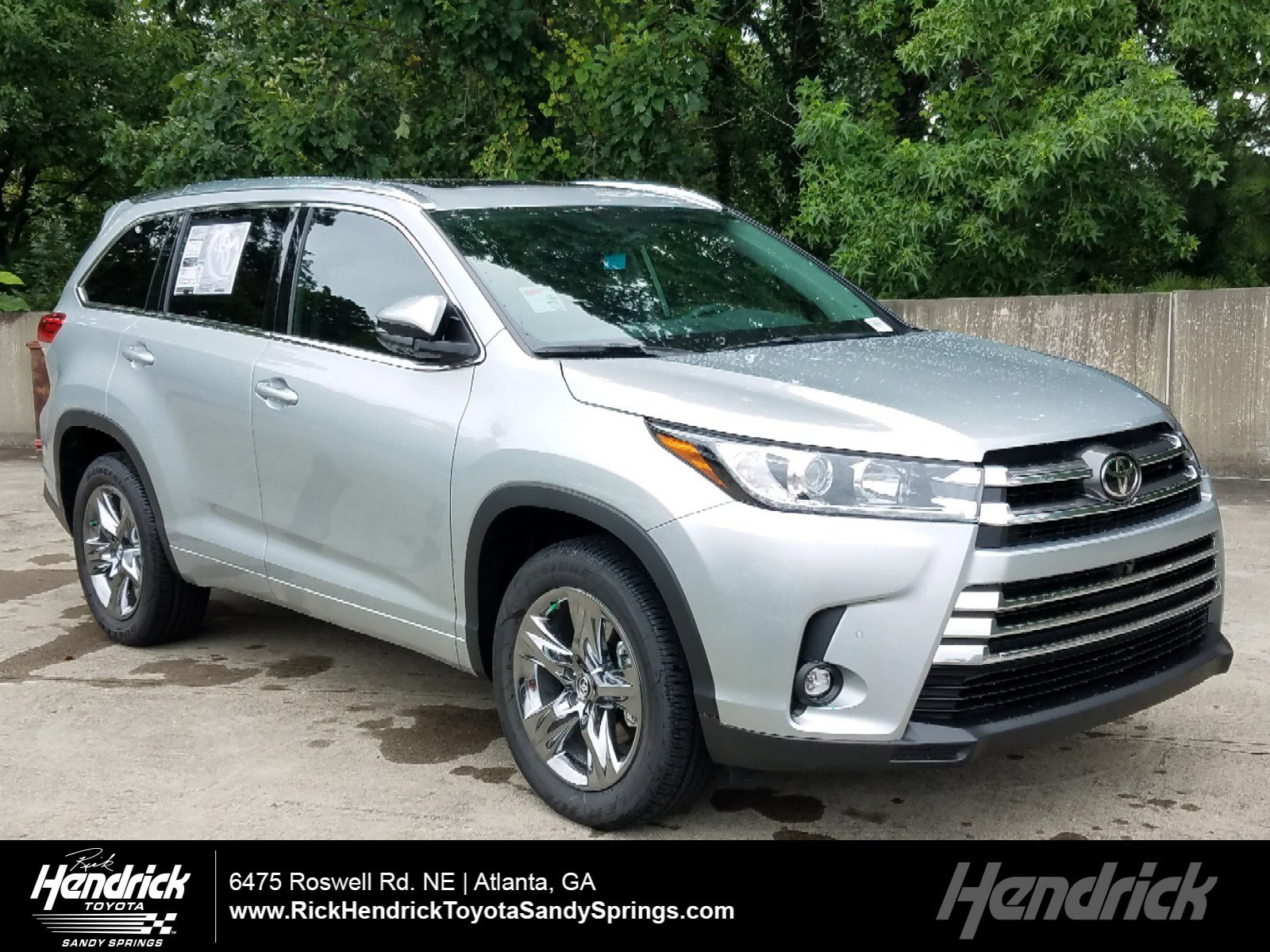 New 2019 Toyota Highlander Limited Platinum