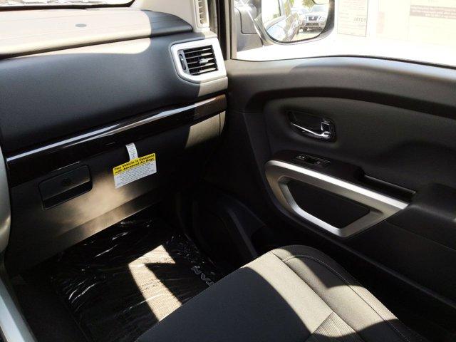 New 2019 Nissan Titan SV