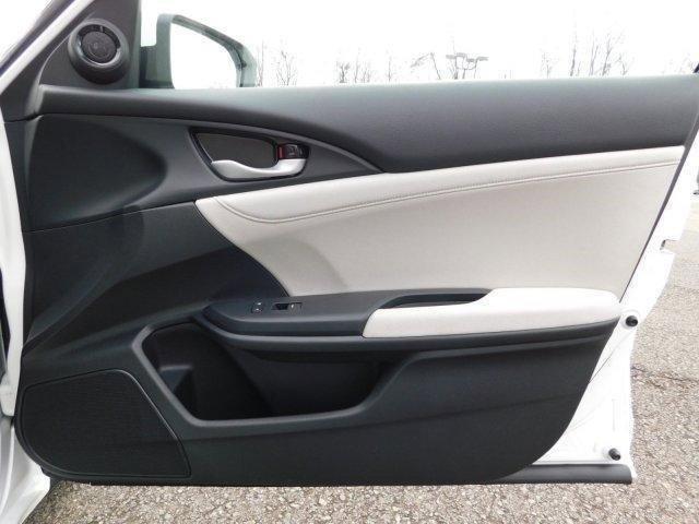 New 2019 Honda Insight EX