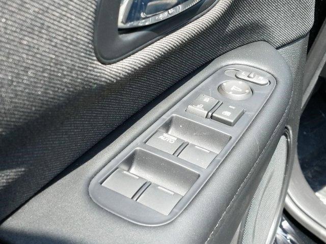 New 2019 Honda HR-V LX