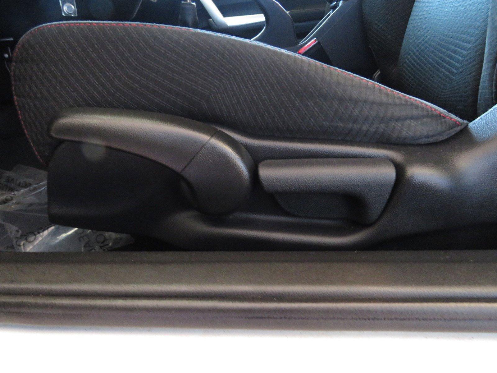 Pre-Owned 2013 Honda Civic Si