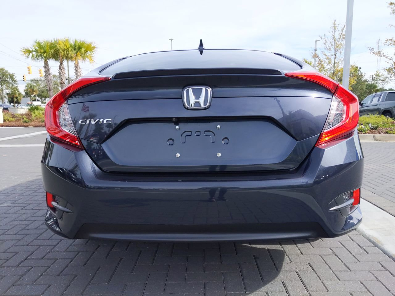 Certified Pre-Owned 2017 Honda Civic Sedan EX-L