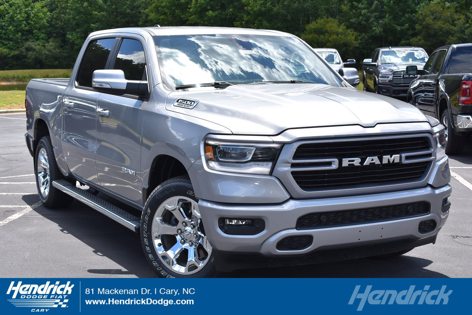 New 2019 RAM 1500 Big Horn/Lone Star
