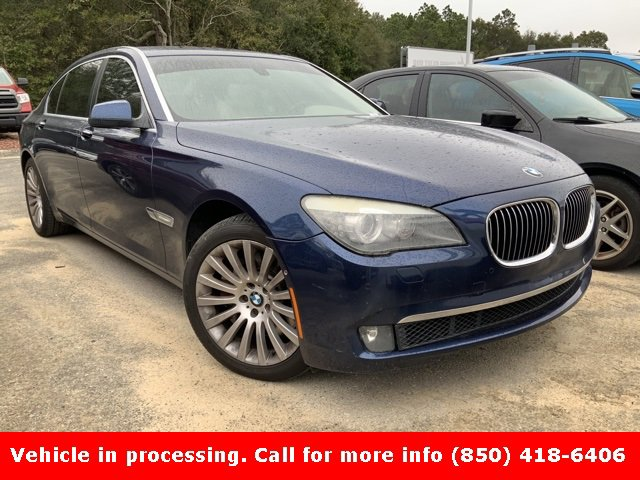 Pre-Owned 2009 BMW 7 Series 750Li
