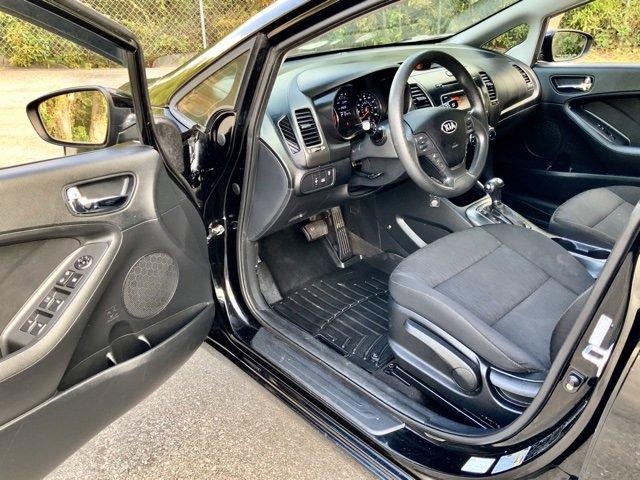 Pre-Owned 2016 Kia Forte LX