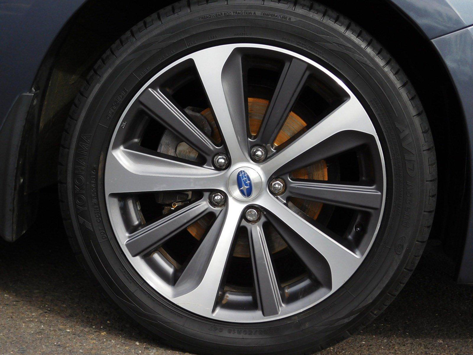 Pre-Owned 2015 Subaru Legacy 2.5i Limited