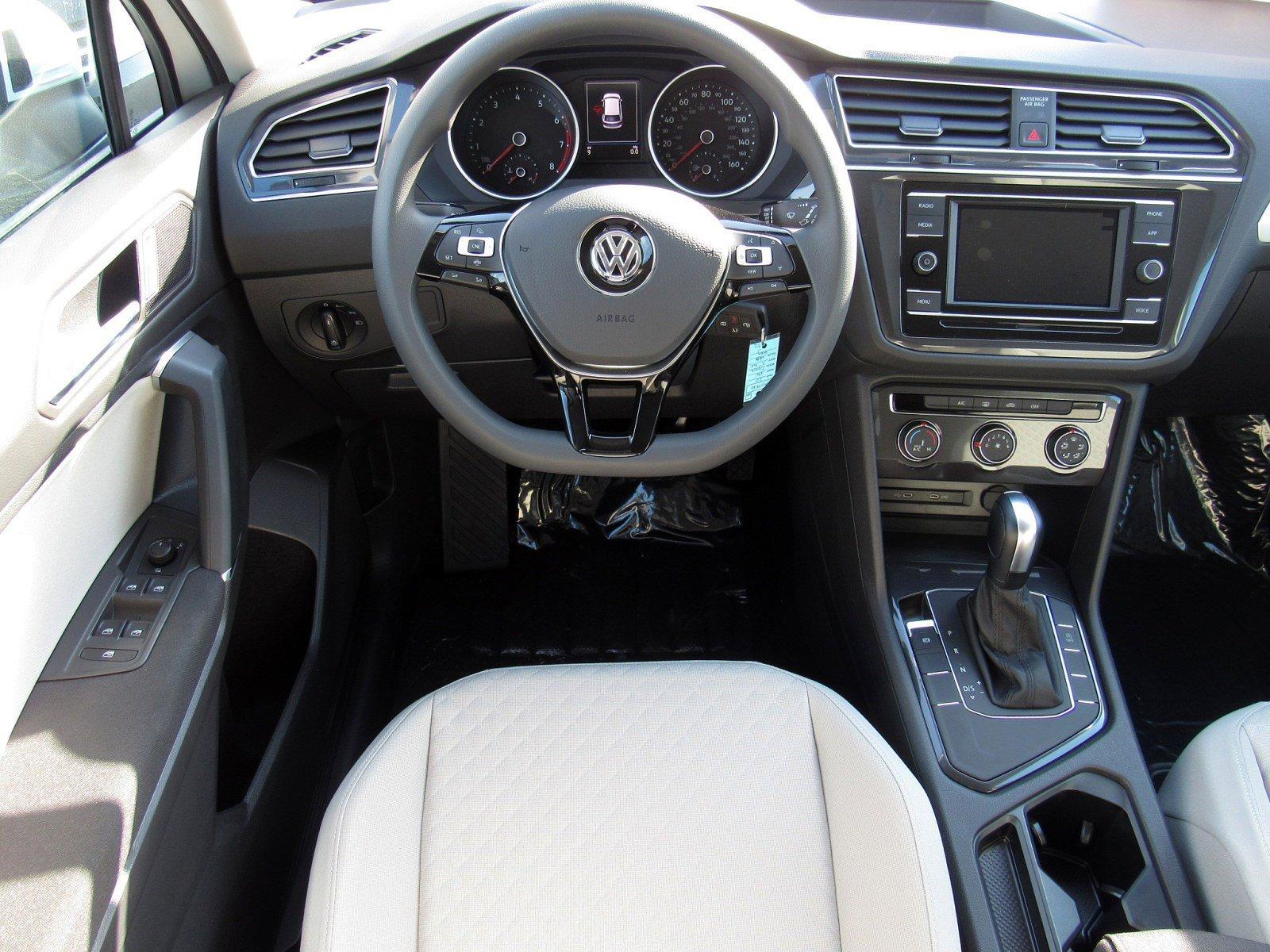New 2020 Volkswagen Tiguan S