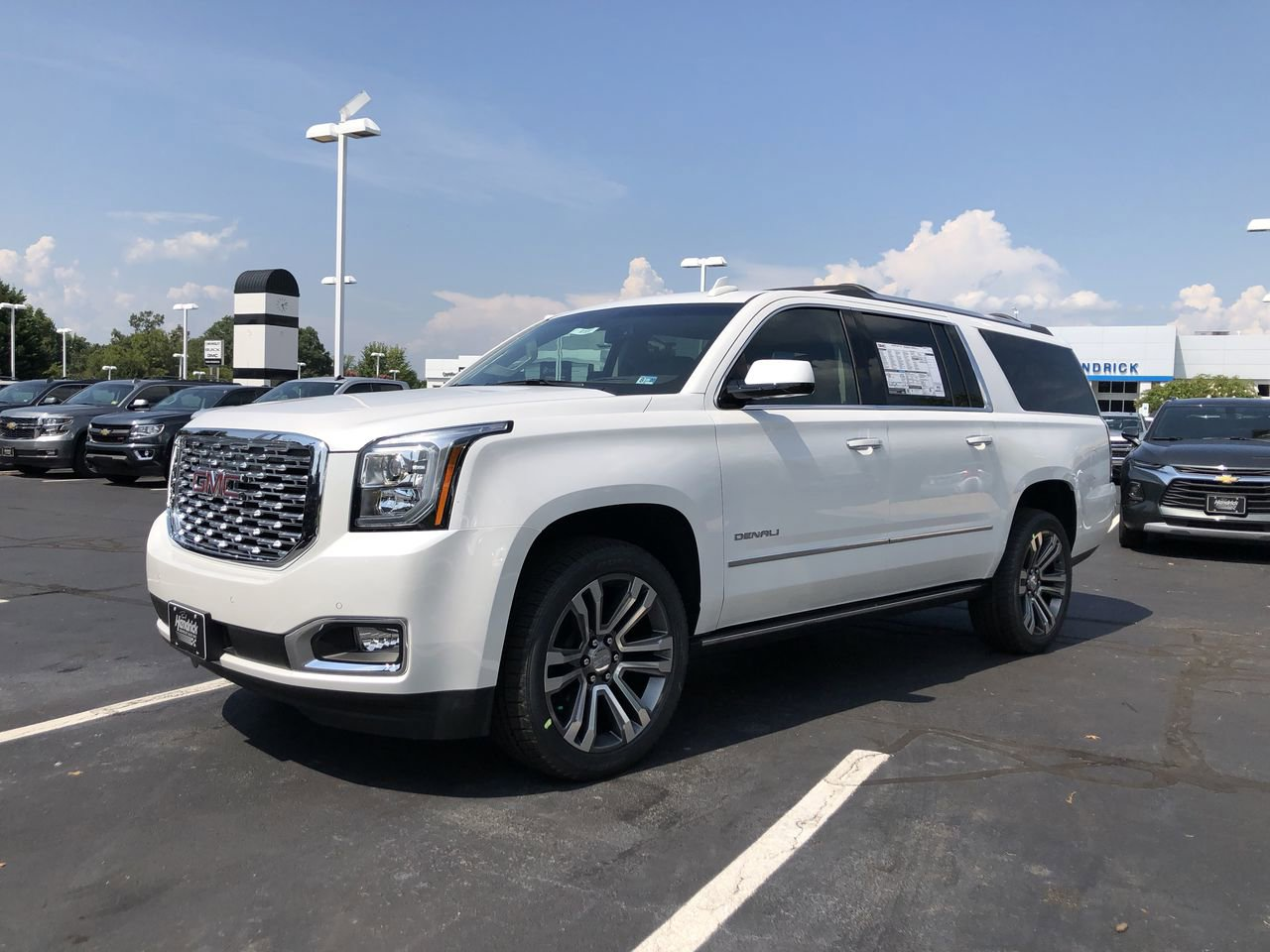 New 2020 GMC Yukon XL Denali