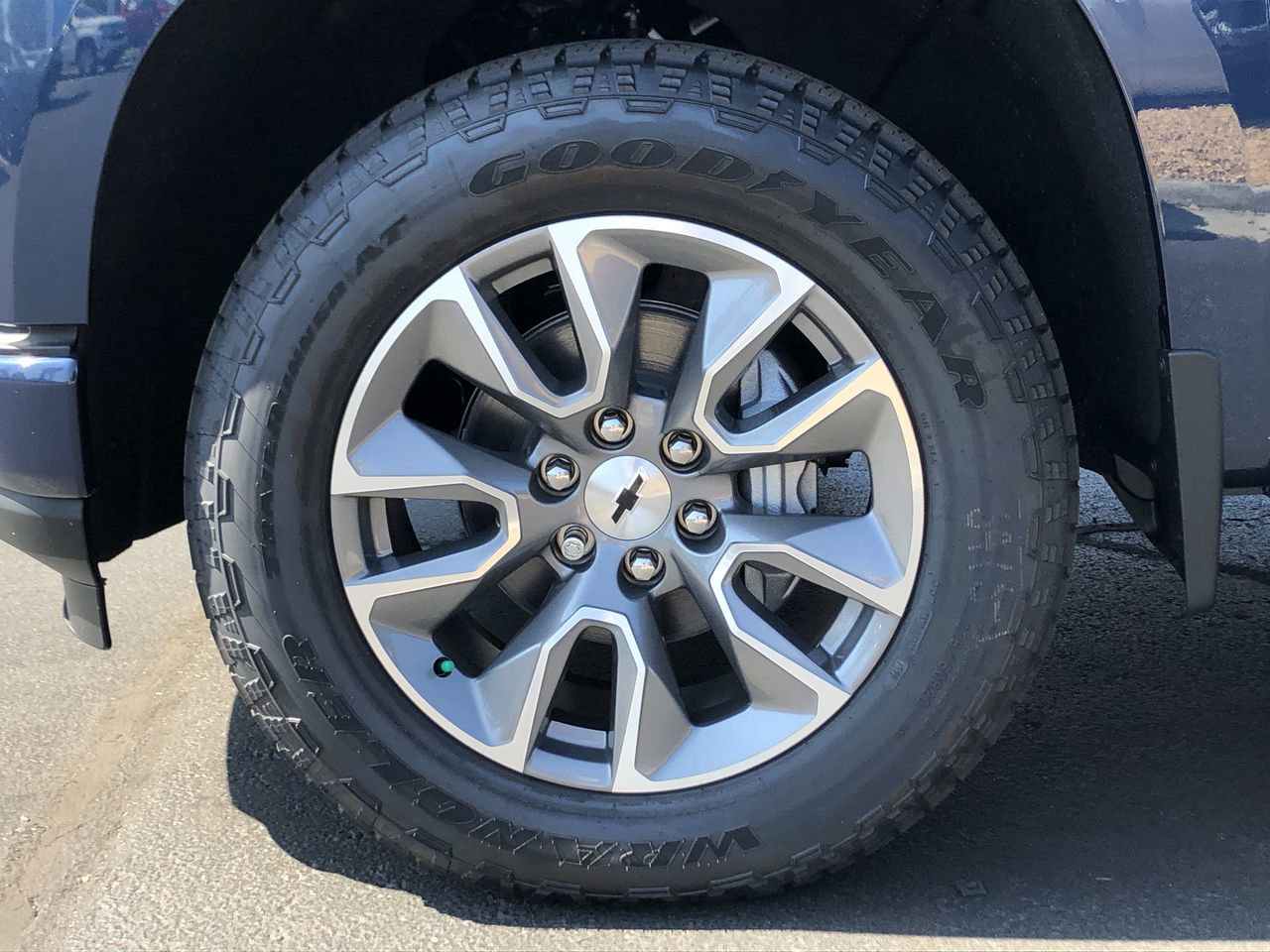 New 2019 Chevrolet Silverado 1500 RST