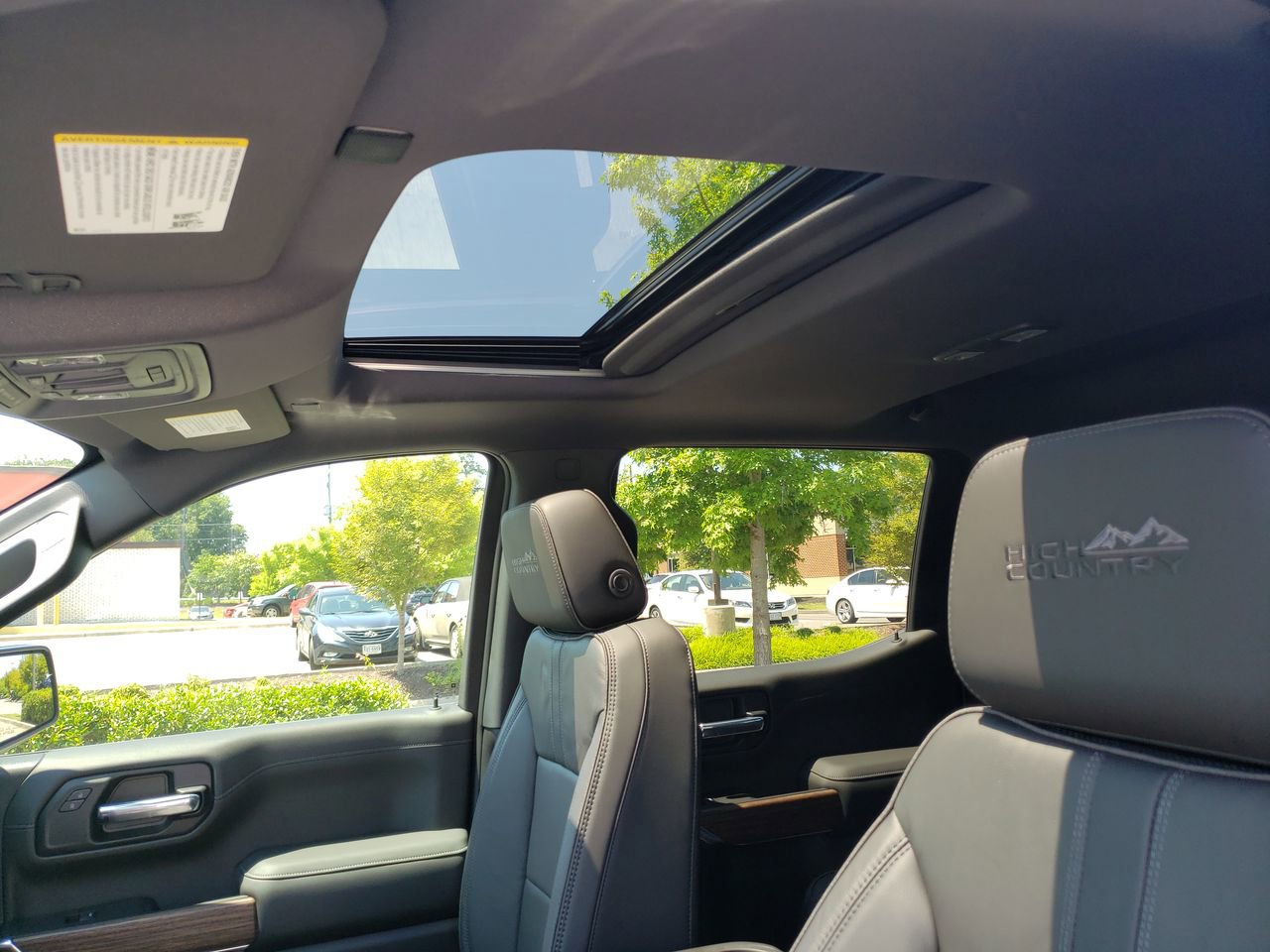 New 2019 Chevrolet Silverado 1500 High Country