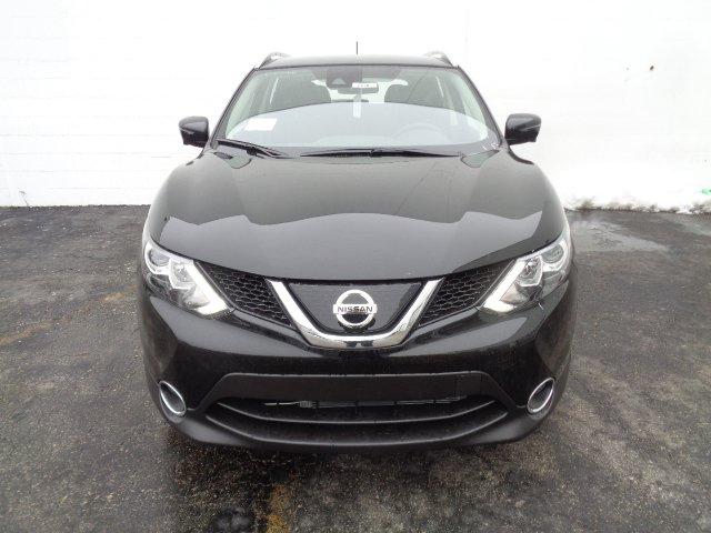 New 2019 Nissan Rogue Sport SV