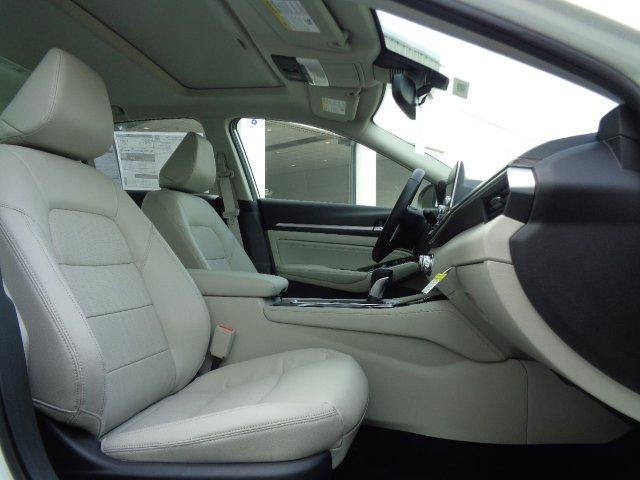New 2020 Nissan Altima 2.5 SL