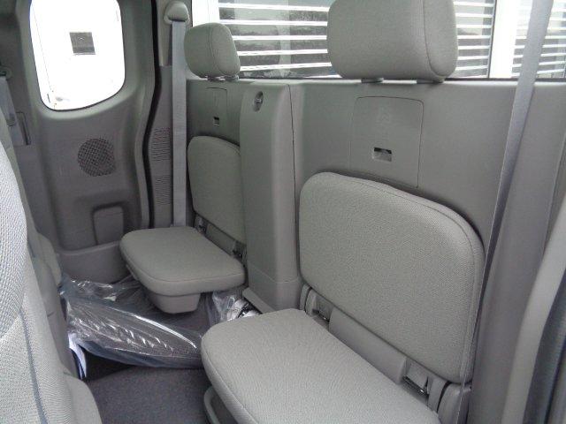 New 2019 Nissan Frontier S