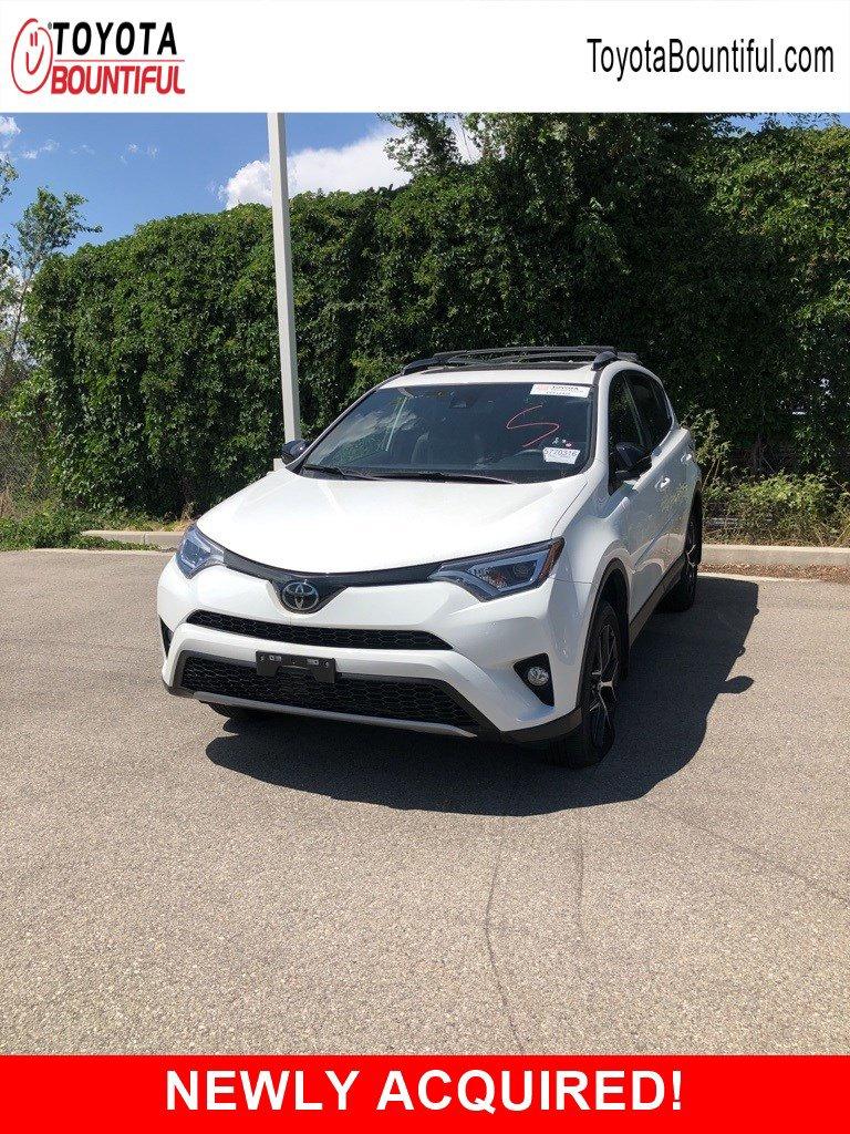 Pre-Owned 2018 Toyota RAV4 SE