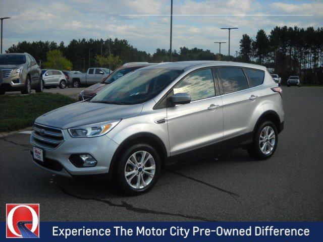 Pre-Owned 2017 Ford Escape SE