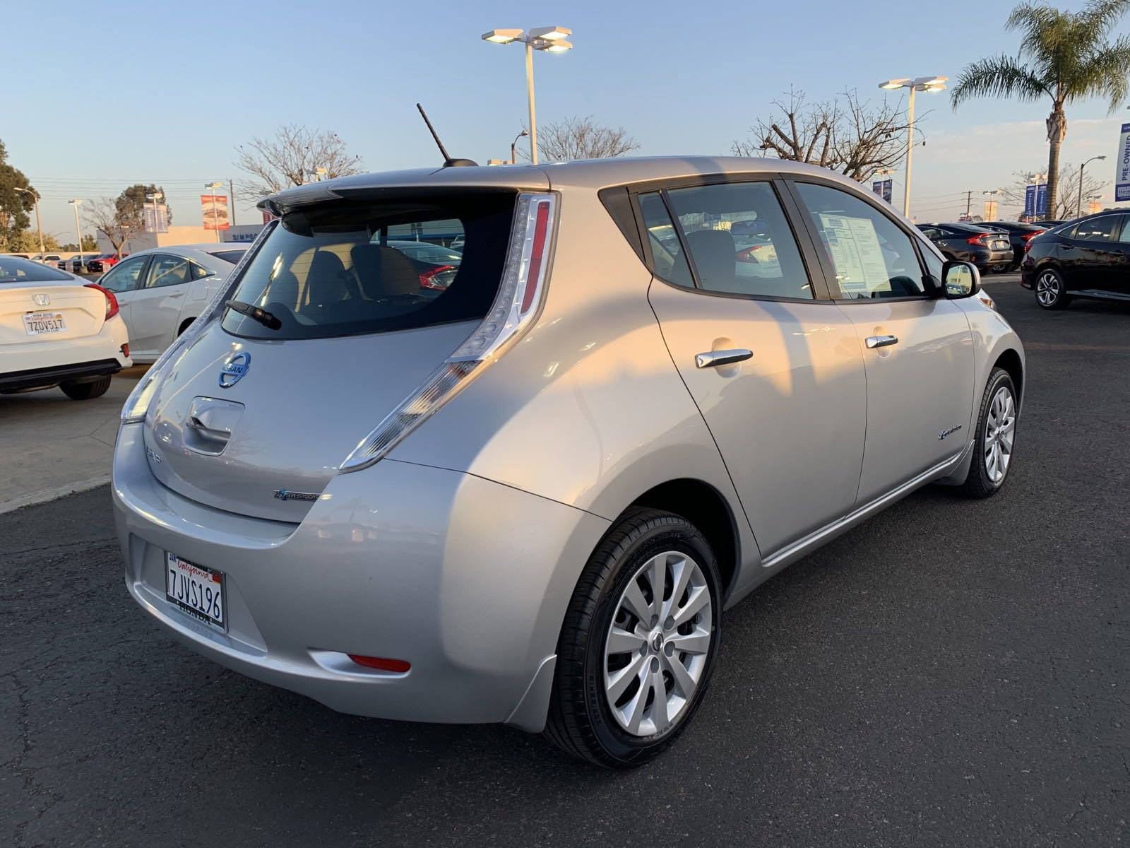 Pre-Owned 2015 Nissan LEAF S