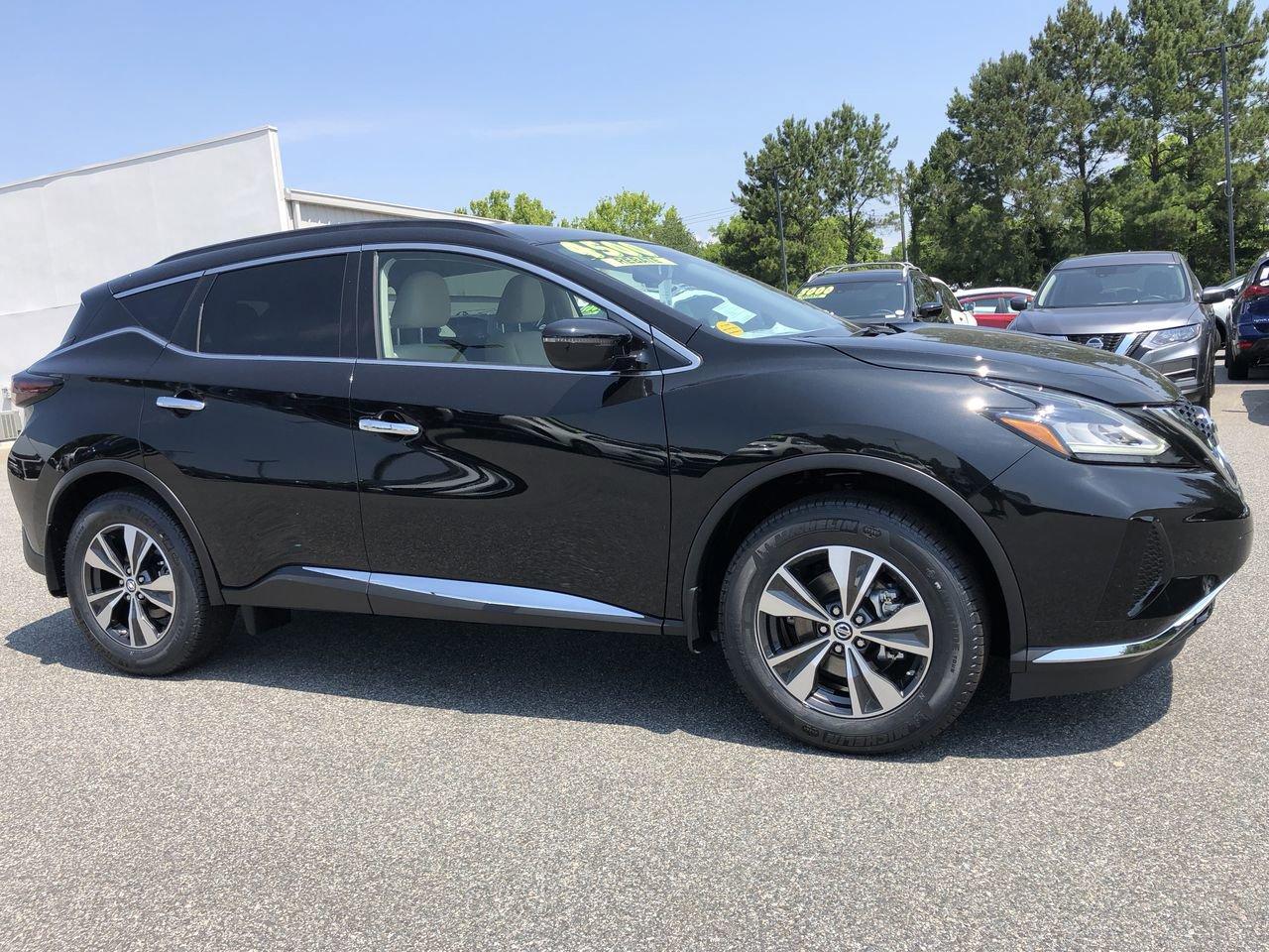 New 2019 Nissan Murano SV