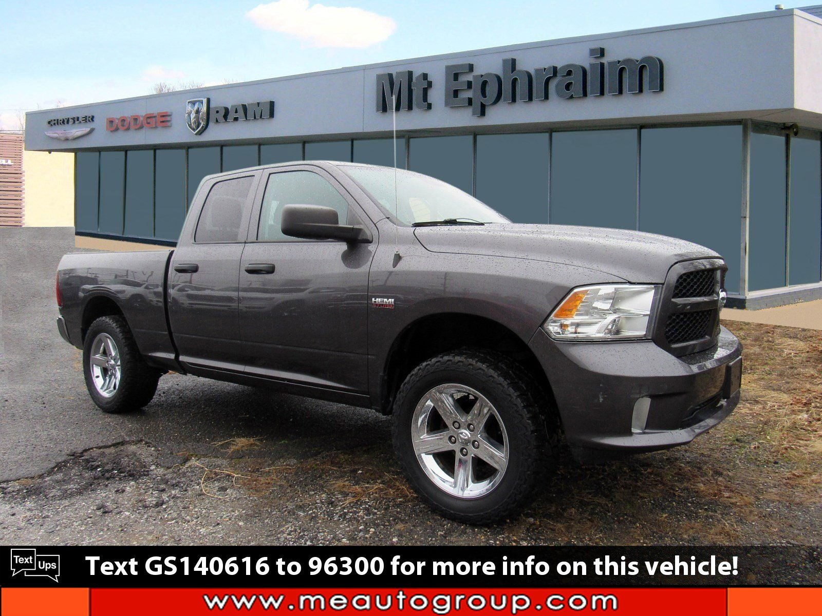 Pre-Owned 2016 Ram 1500 Express 4WD Quad Cab