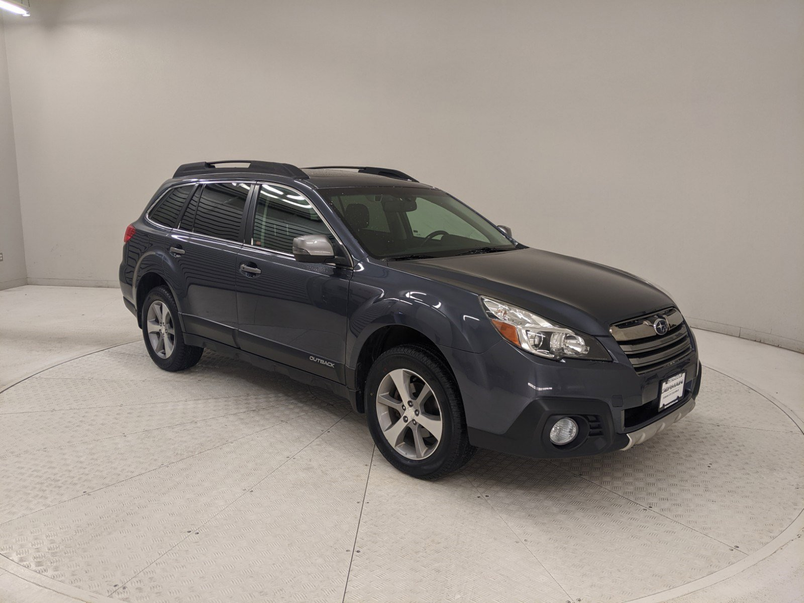 Pre-Owned 2014 Subaru Outback 2.5i
