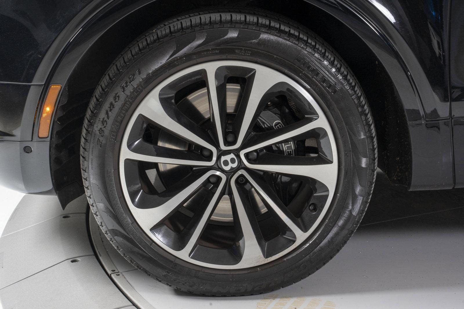 Pre-Owned 2018 Bentley Bentayga Onyx Edition