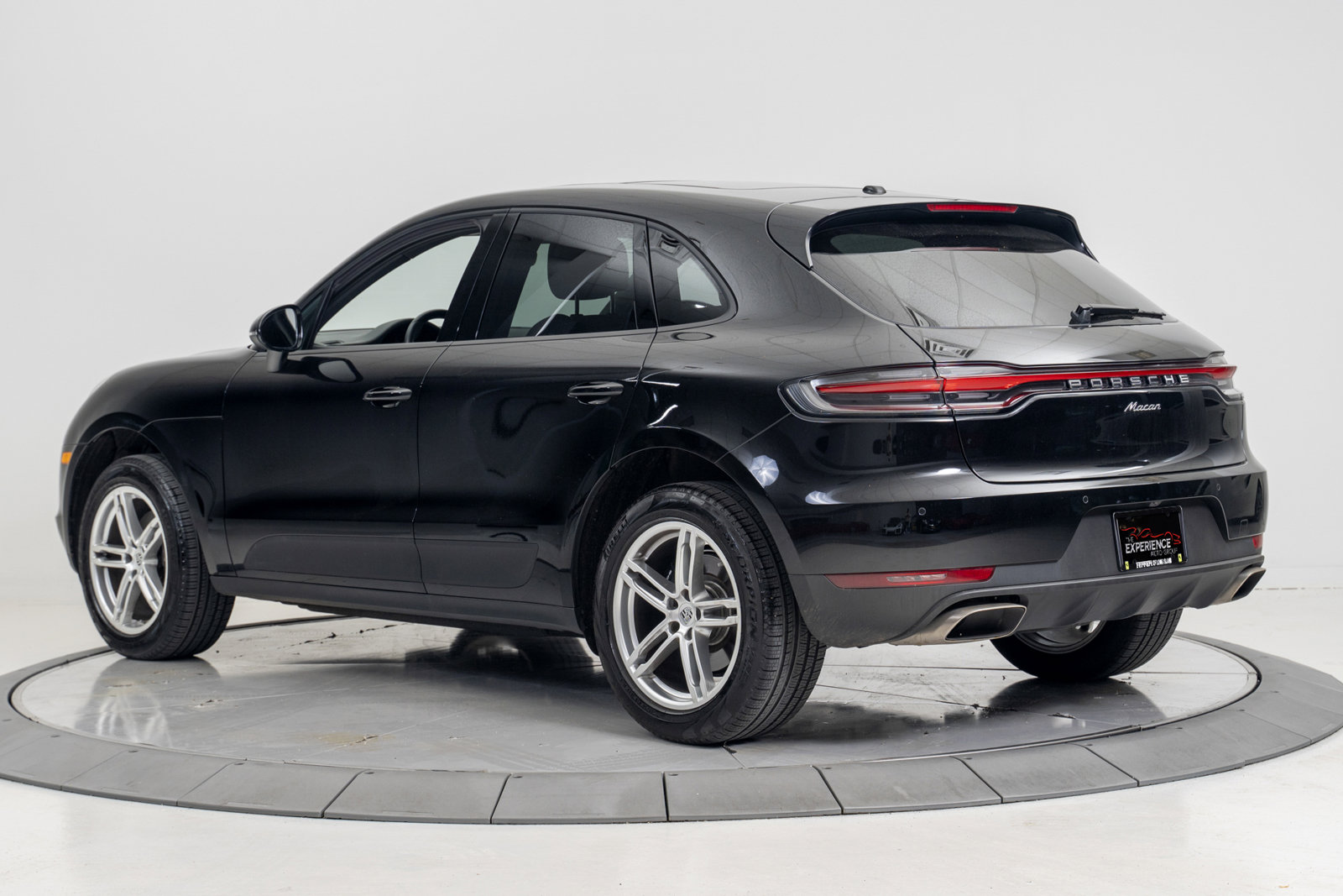 Pre-Owned 2020 Porsche Macan AWD