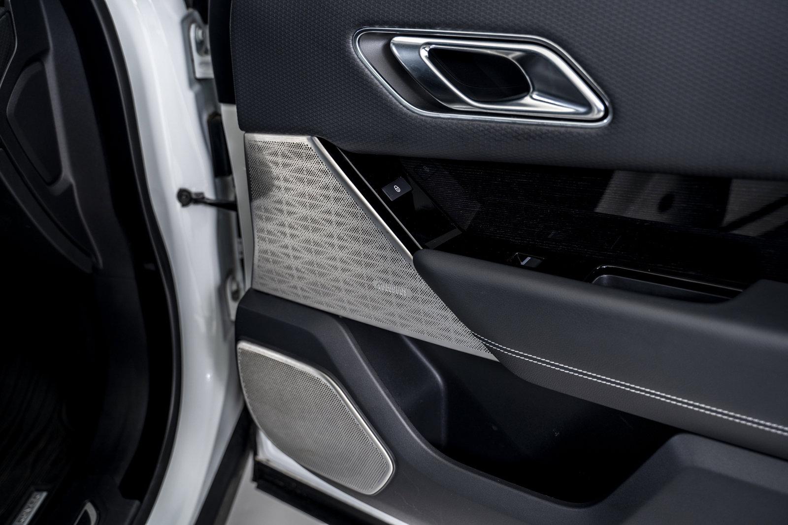 Pre-Owned 2019 Land Rover Range Rover Velar R-Dynamic SE