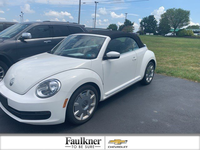 Pre-Owned 2013 Volkswagen Beetle Convertible 2.5L