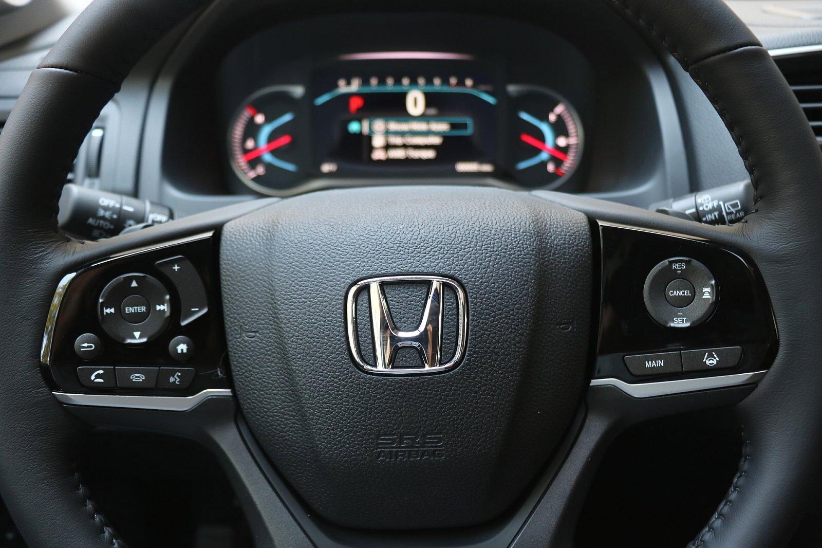 New 2021 Honda Pilot Touring 7-Passenger