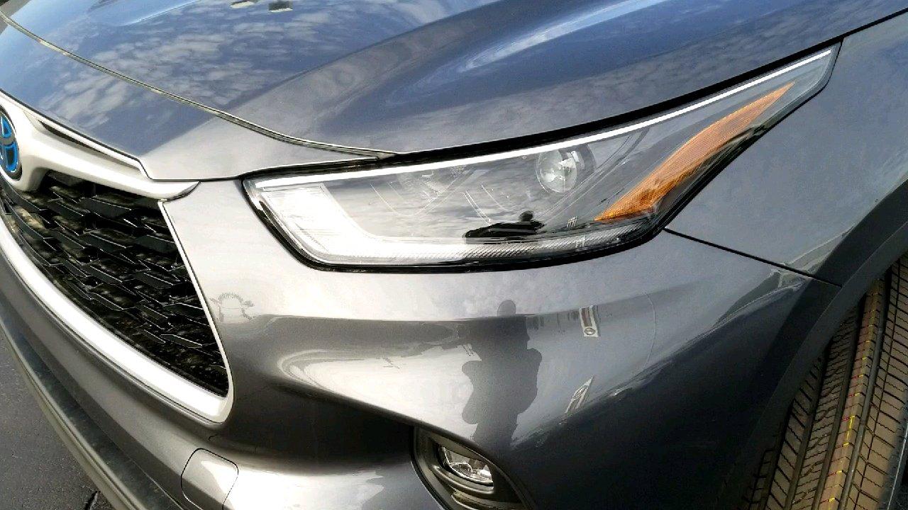 New 2021 Toyota Highlander Hybrid XLE