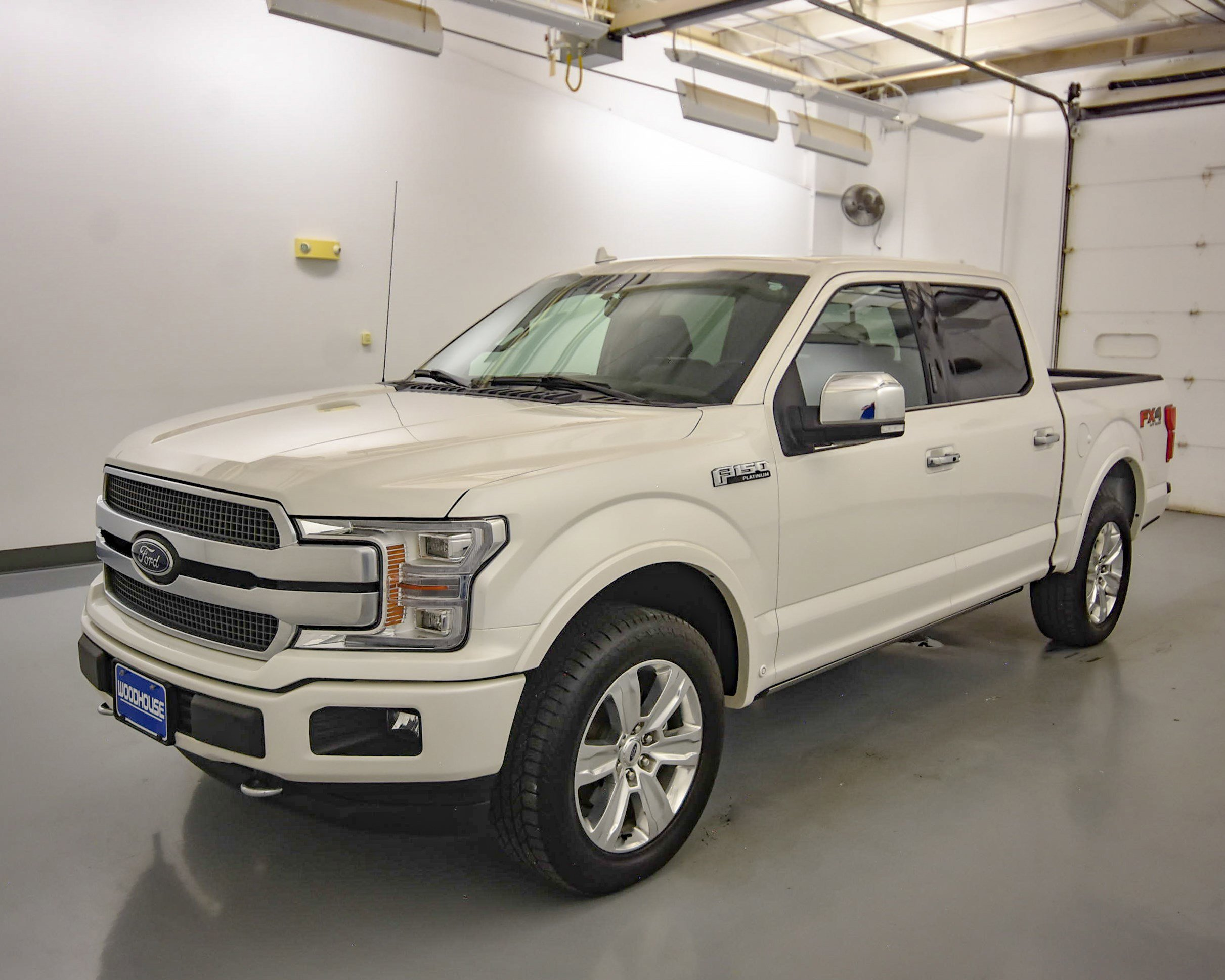 Pre-Owned 2019 Ford F-150 Platinum 4WD Super Crew