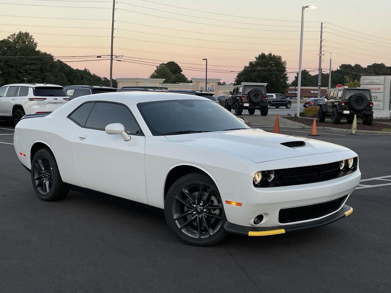 New 2021 DODGE Challenger GT