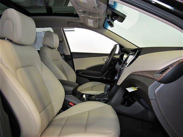 2017 Hyundai Santa Fe - Listing ID: 167749973 - View 5