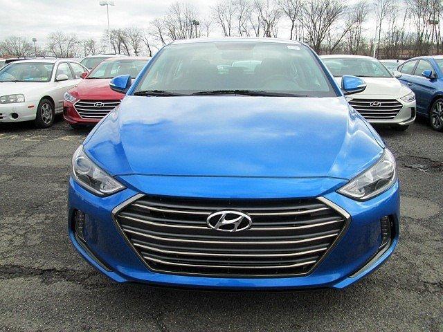 2017 Hyundai Elantra - Listing ID: 165770445 - View 2