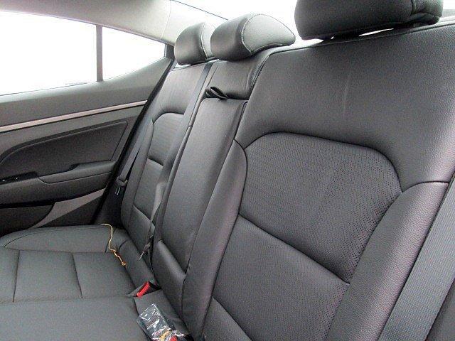 2017 Hyundai Elantra - Listing ID: 165770445 - View 8