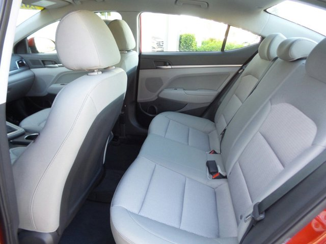 2017 Hyundai Elantra - Listing ID: 167034574 - View 11