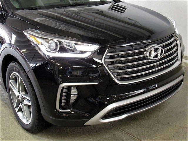 2017 Hyundai Santa Fe - Listing ID: 167749973 - View 2