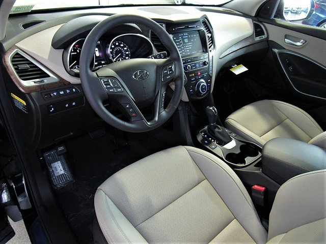 2017 Hyundai Santa Fe - Listing ID: 167749973 - View 8
