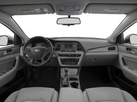 2017 Hyundai Sonata Hybrid - Listing ID: 172124113 - View 8
