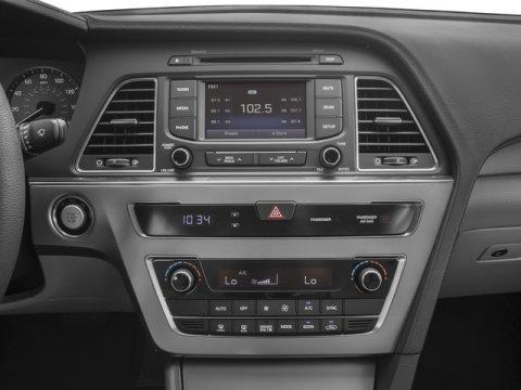 2017 Hyundai Sonata Hybrid - Listing ID: 172124113 - View 10