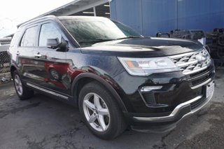 Used-2018-Ford-Explorer-Limited-FWD