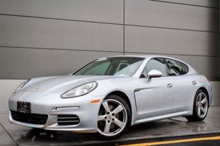 2015-Porsche-Panamera-4-Hatchback