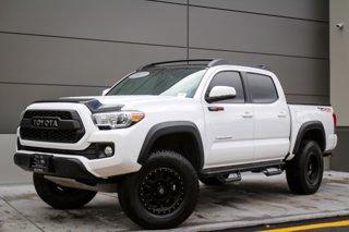 2017-Toyota-Tacoma-TRD-Off-Road-Crew-Cab-Pickup