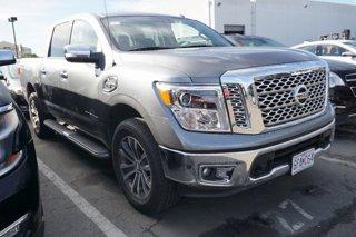 Used-2017-Nissan-Titan-4x4-Crew-Cab-SL