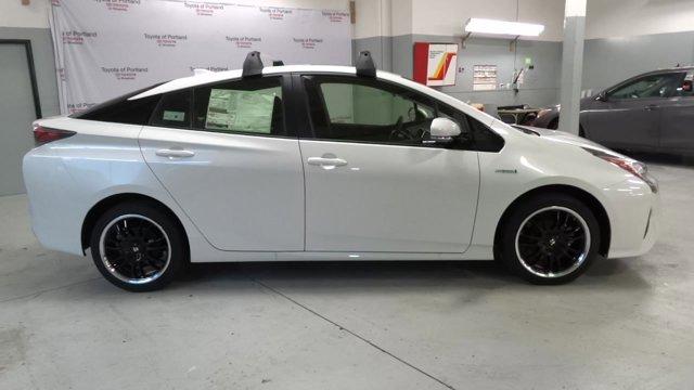New 2017 Toyota Prius Three