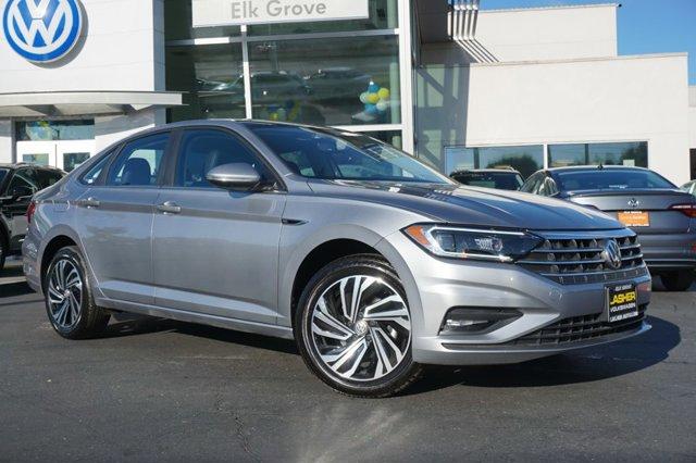 New 2020 Volkswagen Jetta SEL Premium Auto w-ULEV