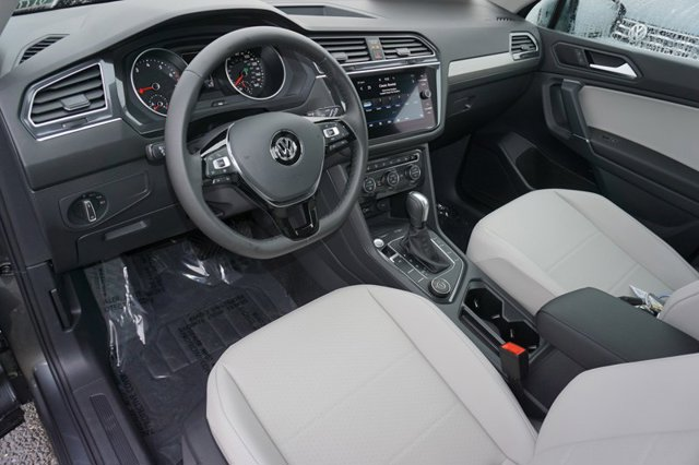 New 2020 Volkswagen Tiguan 2.0T SE 4MOTION
