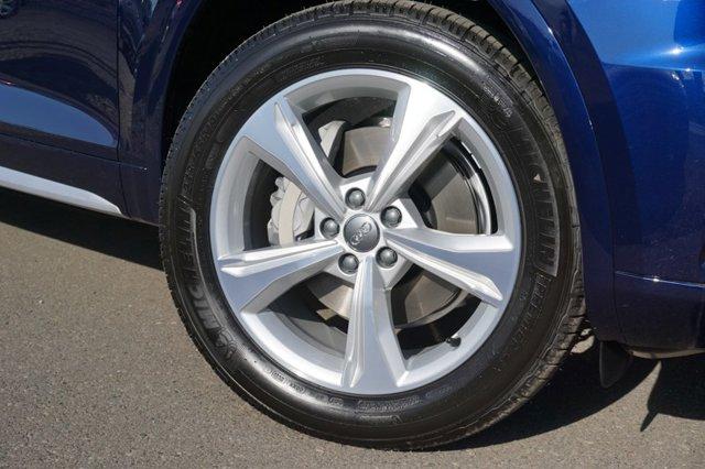 New 2020 Audi Q5 Premium 45 TFSI quattro