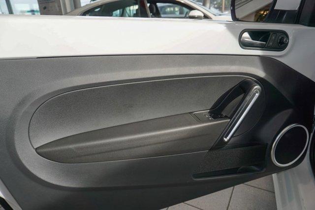New 2019 Volkswagen Beetle Convertible S Auto