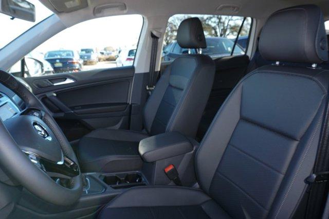 New 2020 Volkswagen Tiguan 2.0T SE FWD